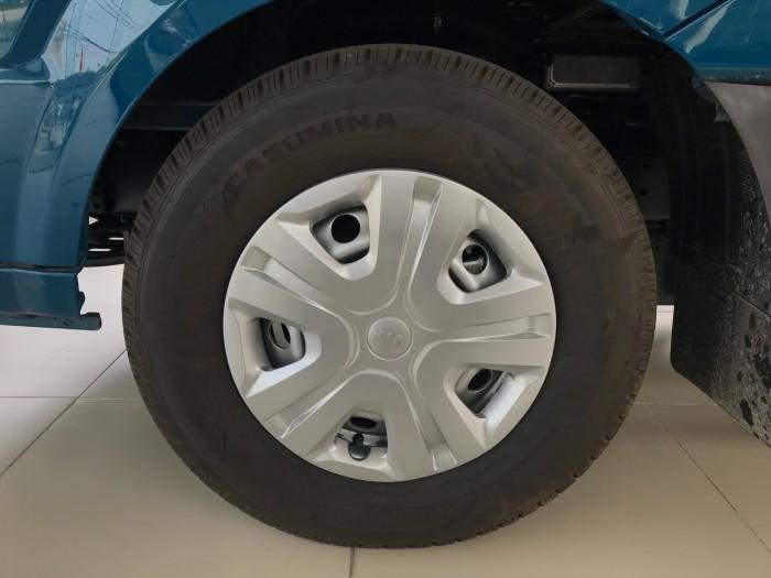 Bán xe Kia  K250 thùng mui bạt, K250 thùng kín tải 1,4 tấn và 2,4 tấn đời 2018 3
