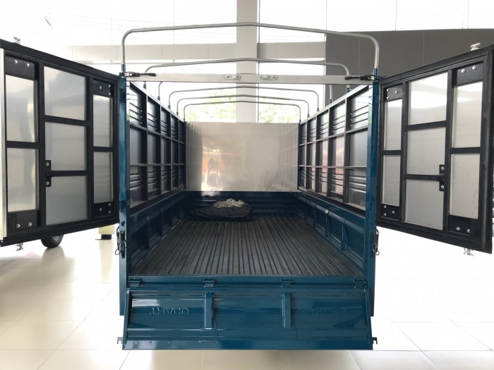 Bán xe Kia  K250 thùng mui bạt, K250 thùng kín tải 1,4 tấn và 2,4 tấn đời 2018 5