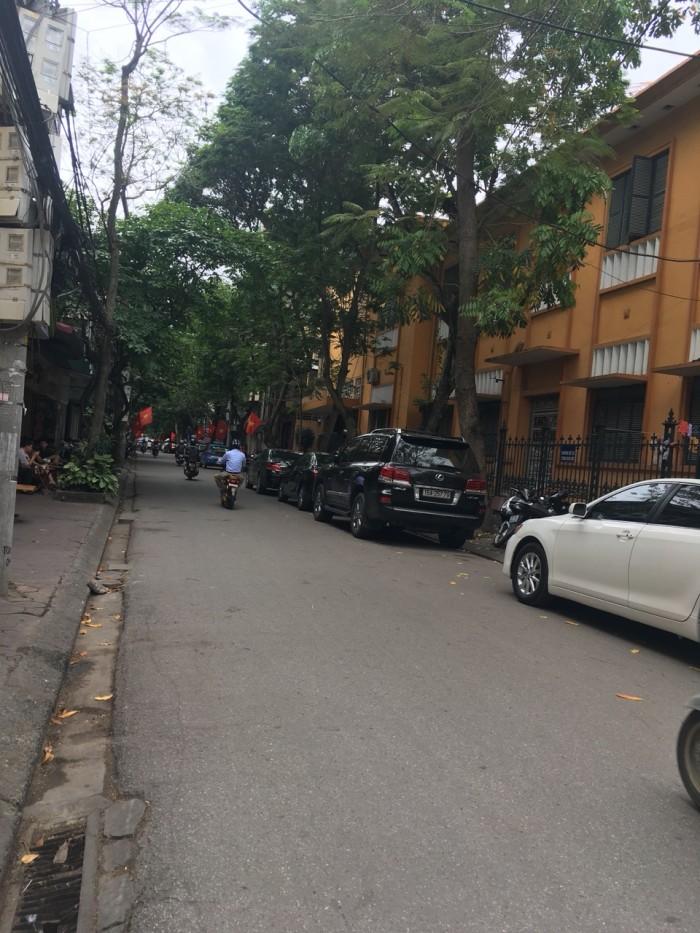 Bán nhà 2 tầng mặt ngõ 143 Tôn Đức Thắng, DT 54m2