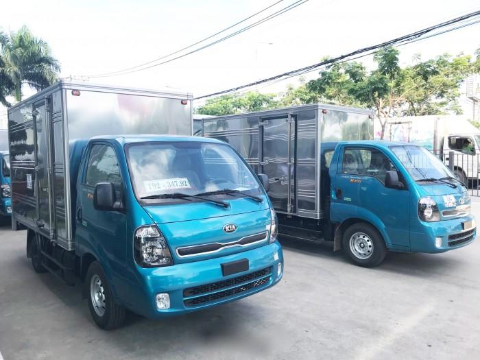 Xe tải Kia K200 tải trọng 1,9 tấn động cơ đạt tiêu chuẩn khí thải Euro 4