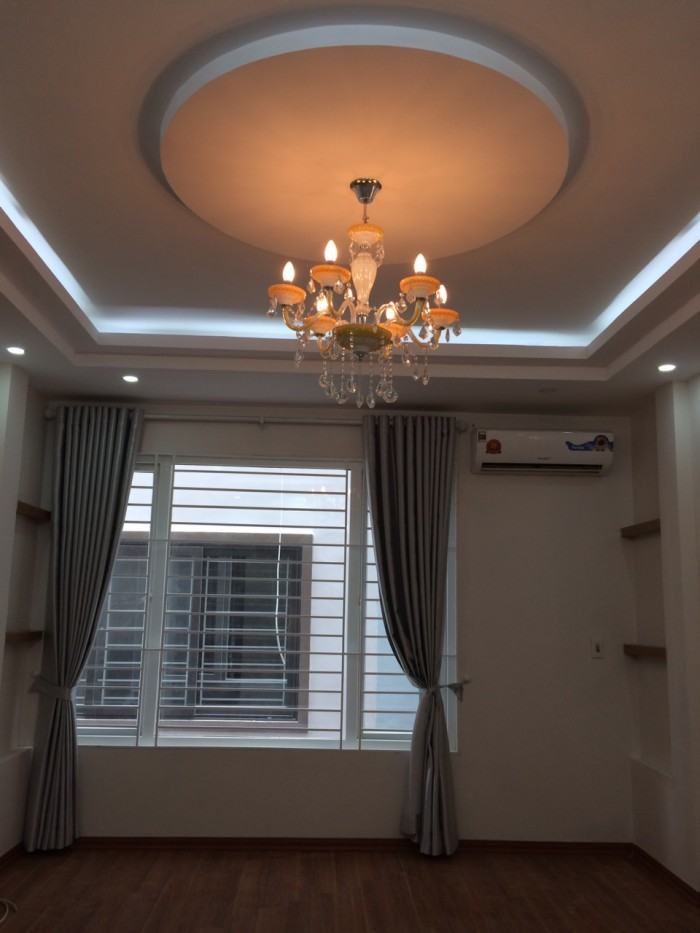 Bán nhà mới đẹp Võng Thị 35m2 5 tầng  150m ra Hồ Tây
