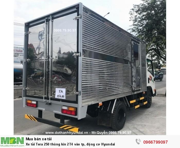 Xe tải Tera 250 thùng kín 2T4 vào tp, động cơ Hyundai
