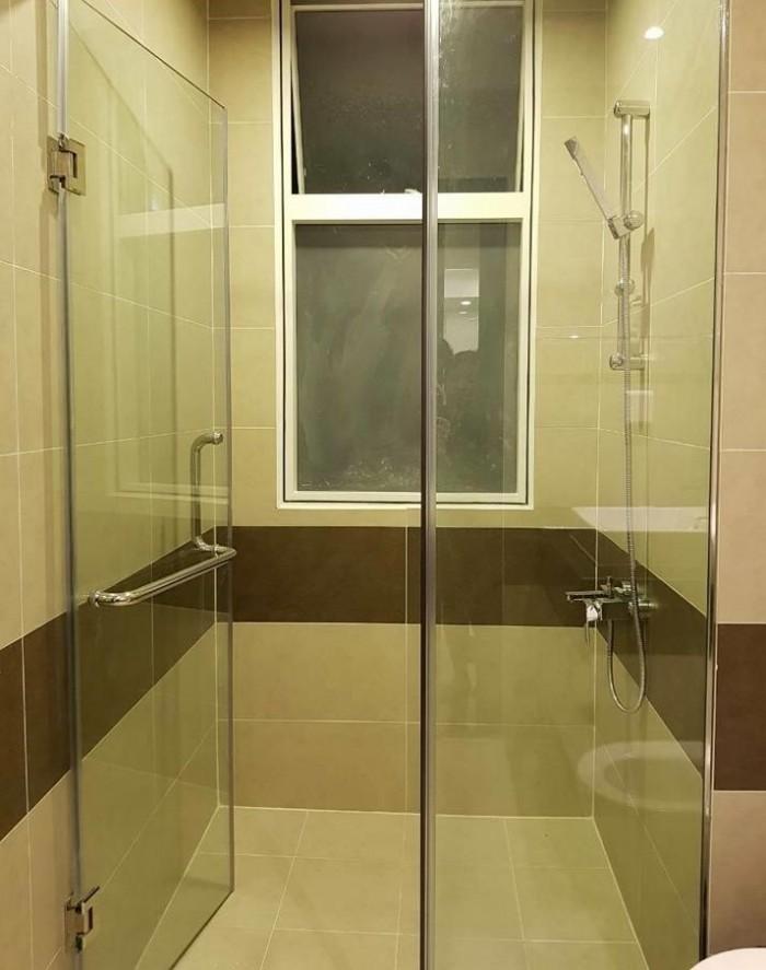 Chính chủ trung tâm Quận 3, căn hộ đầy đủ tiện nghi ban công cửa sổ thoáng mát, bếp lớn bảo vệ 24/7