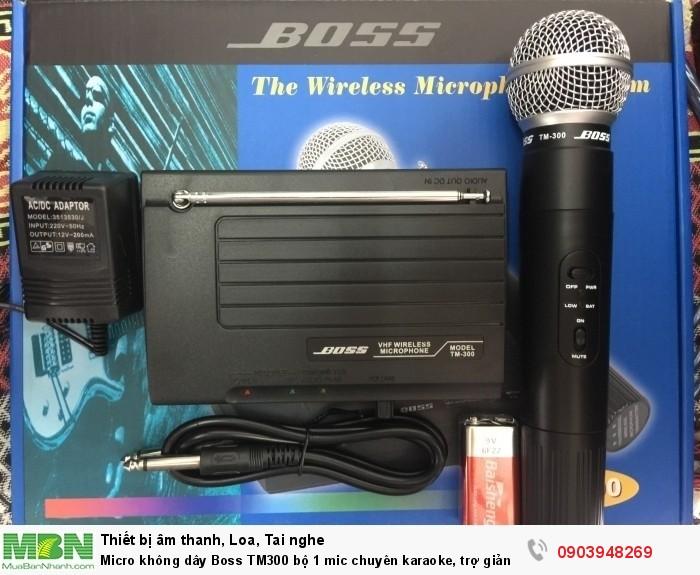 Micro không dây Boss TM-300 bộ 1 micro được thiết kế rất nhỏ gọn kích thước nguyên hộp 310 x 250 x 70mm0