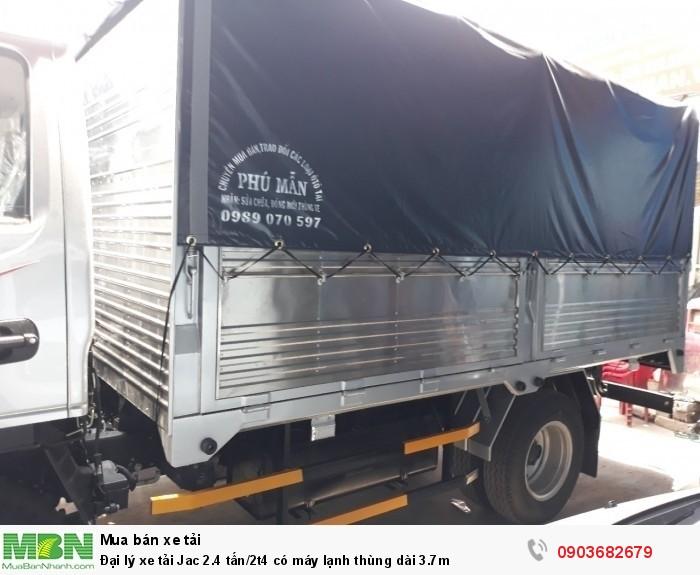 Đại lý xe tải Jac 2.4 tấn/2t4 có máy lạnh thùng dài 3.7m 1