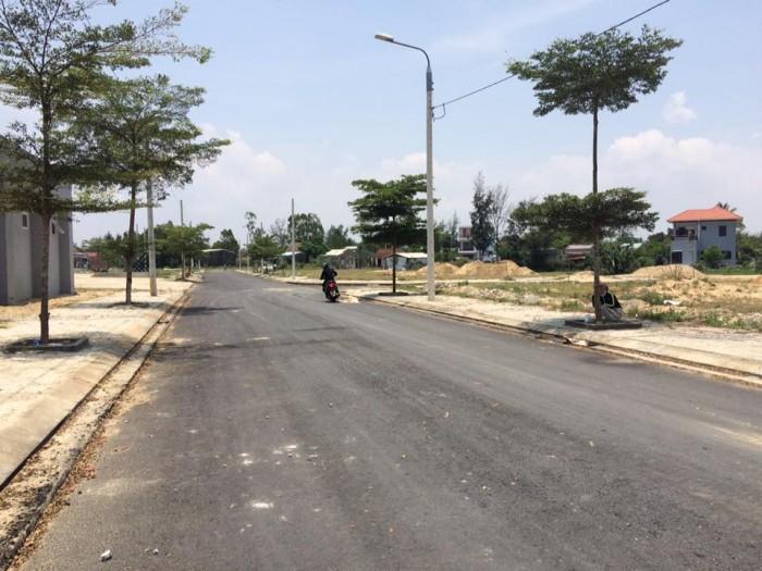 Bán lô đất đường 7m5 cạnh bên FPT city, đối diện Làng đại học, giá đầu tư