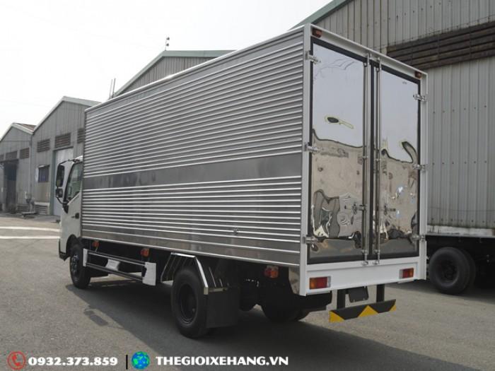 Xe Tải Hino 3T49 - XZU720L - 3T49 - Thùng Kín  - 2017 - Euro 4