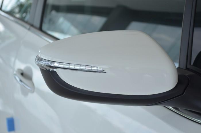 Xe Kia Cerato giá chỉ từ 499 triệu,đời 2018, hỗ trợ vay trả góp mức tối đa, tặng gói phụ kiện giá trị 5