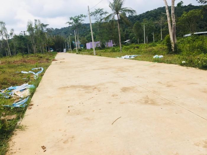 Đất nền diện tích 64m2 mặt tiền đường nội bộ 6m có lề đường