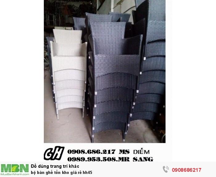 Bộ bàn ghế tổn kho giá rẻ hh452