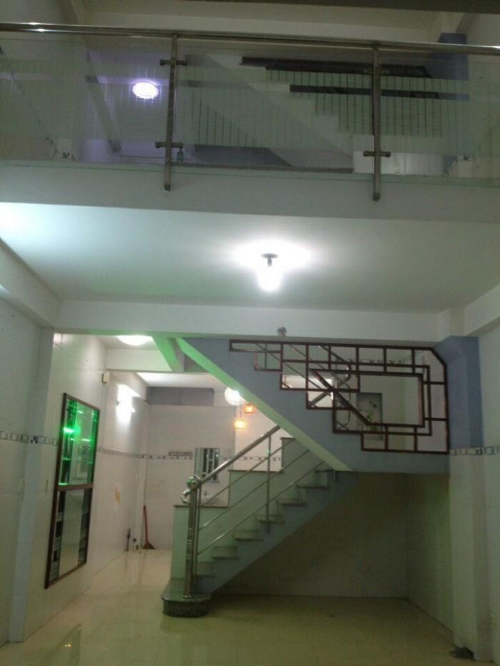 Nhà hẻm giá rẻ đường Bình Long , DT 4m x 12,2m
