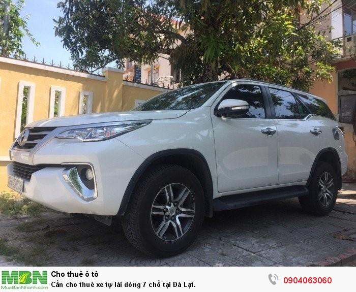 Cần cho thuê xe tự lái dòng 7 chỗ tại Đà Lạt.