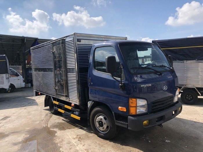 Hyundai 2.5T thùng kín vào Đô thị 2
