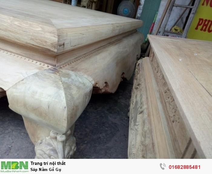 Sập ngồi kiểu trơn và 3 bông gỗ gụ5