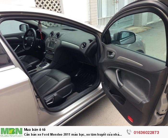 Cần bán xe Ford Mondeo 2011 màu bạc, xe tâm huyết của nhà xài kĩ còn rất mới