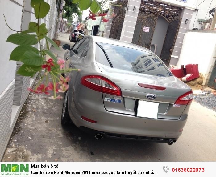 Cần bán xe Ford Mondeo 2011 màu bạc, xe tâm huyết của nhà xài kĩ còn rất mới 2