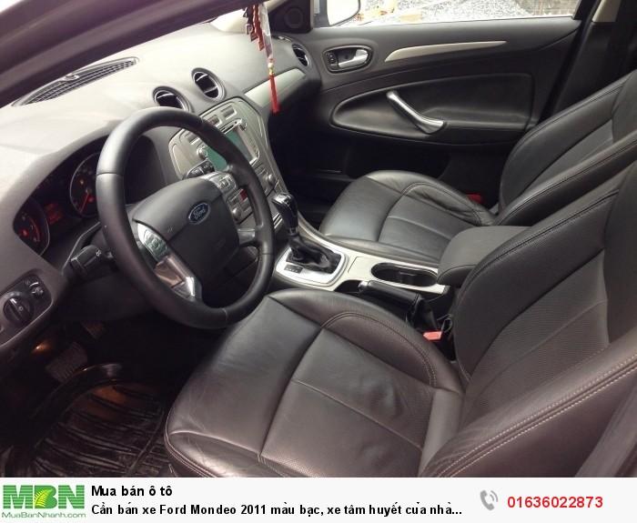 Cần bán xe Ford Mondeo 2011 màu bạc, xe tâm huyết của nhà xài kĩ còn rất mới 3