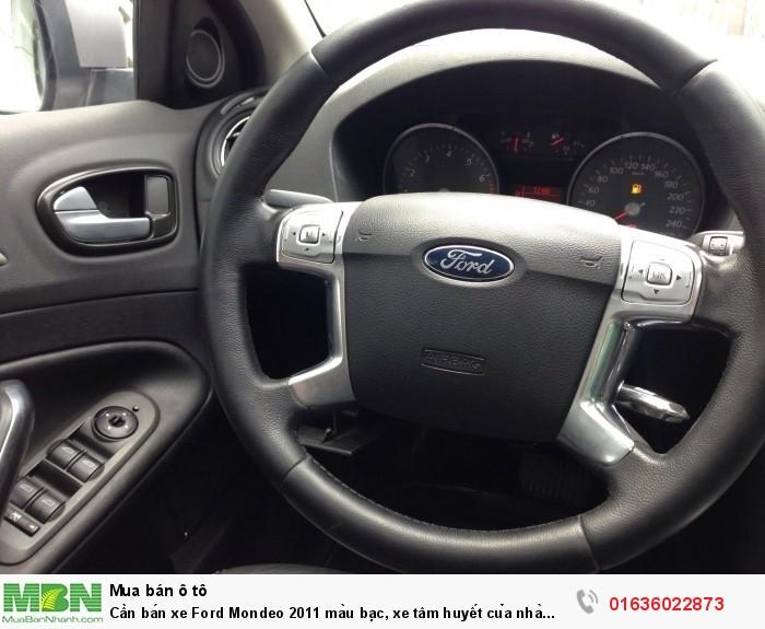 Cần bán xe Ford Mondeo 2011 màu bạc, xe tâm huyết của nhà xài kĩ còn rất mới 4
