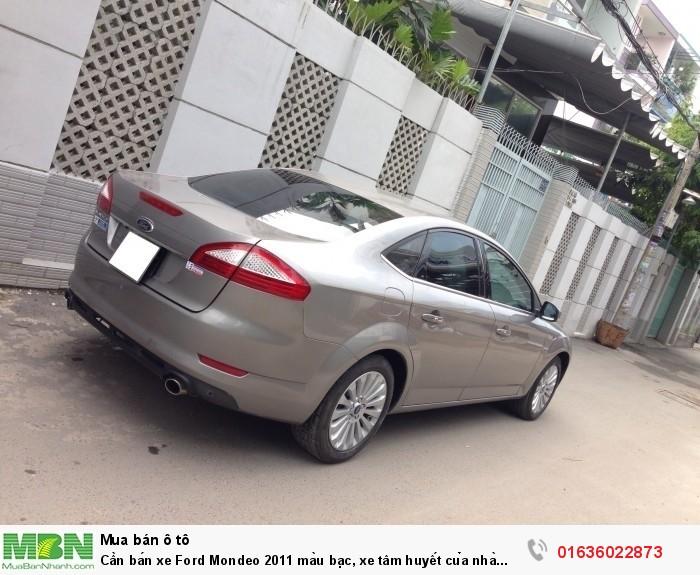 Cần bán xe Ford Mondeo 2011 màu bạc, xe tâm huyết của nhà xài kĩ còn rất mới 6