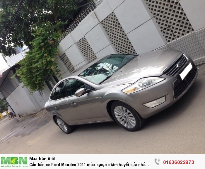 Cần bán xe Ford Mondeo 2011 màu bạc, xe tâm huyết của nhà xài kĩ còn rất mới 8