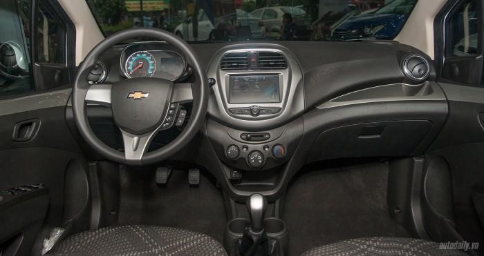Chevrolet Spark, Giảm 60 triệu, Trả trước 50 triệu 7