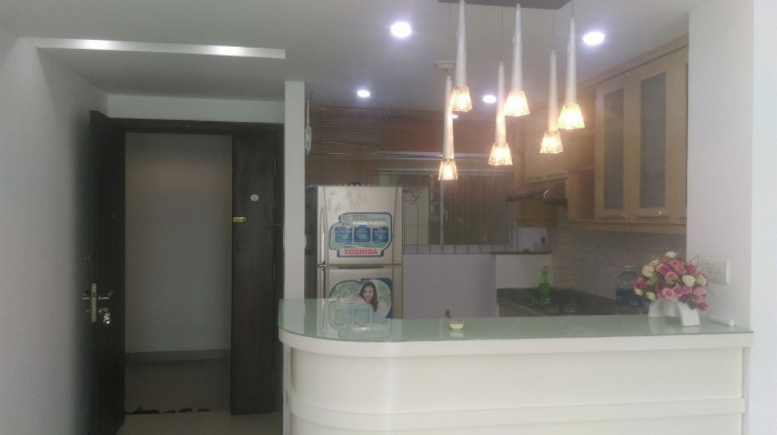 Cần bán CHCC Tản Đà, Quận 5, Diện tích: 101 m2, 3 pn, 2 wc, lầu cao, sổ hồng chính chủ