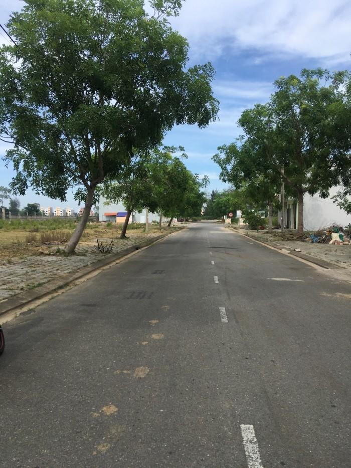 Lô đất sát trung tâm thương mại, view sông, Cocobay
