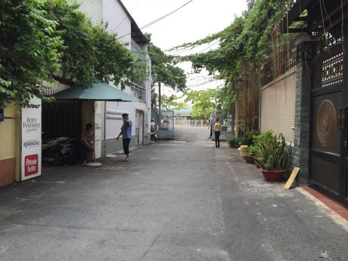 Biệt thự sân vườn mini cực hiếm Trường Sơn, 10,5 tỷ, nội thất cao cấp.