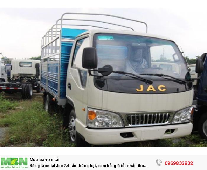 Xe tải Jac 2.4 tấn thiết kế nhỏ gọn, cabin Isuzu, thiết kế khí động học, giúp chiếc xe giảm được lực cản của không khí, gió khi di chuyển, tiếp kiệm nhiên liệu tối đa - tư vấn cụ thể hơn gọi ngay Mr Độ 0969 832 832 (24/24)