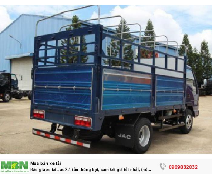 Kích thước lòng thùng xe tải Jac 2.4 tấn nhỏ gọn, thích hợp di chuyển vào TP, đặc biệt là những khu vực nhỏ hẹp - Sở hữu xe ngay với giá ưu đãi gọi Mr Độ 0969 832 832 (24/24)