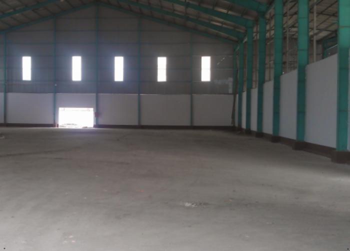 Bán gấp kho xưởng 356 m2 có 149m2 đất thổ cư MT nhánh đường Bà Cả Bình Chánh