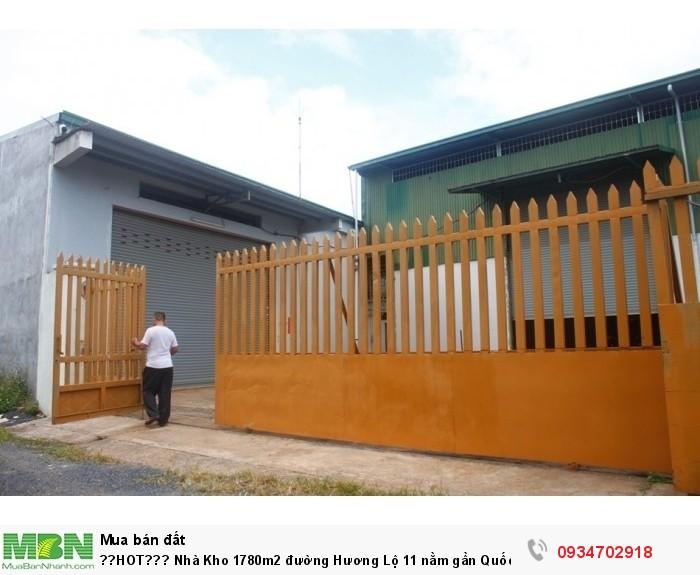 Nhà Kho 1780m2 đường Hương Lộ 11 nằm gần Quốc Lộ 1A. Giấy phép xây dựng đầy đủ