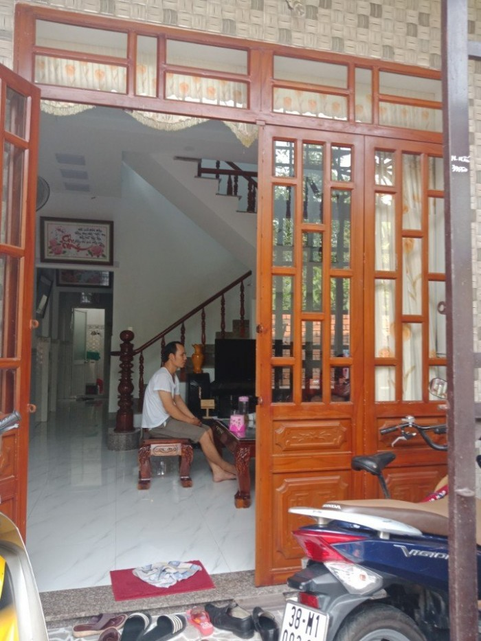 Bán nhà mặt tiền 56m2 Nguyễn Thị Tươi Dĩ An Bình Dương