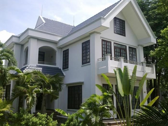 Biệt thự sân vườn cao cấp Nguyễn Văn Mại, 240 m2, 28 tỷ.