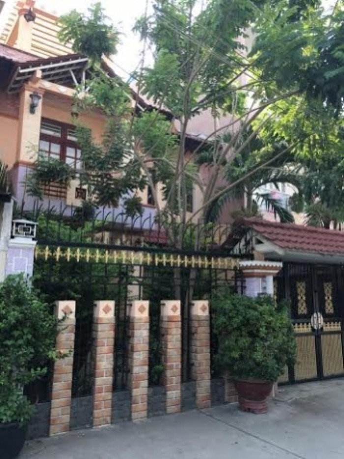 Bán nhà 3 mặt tiền cực hiếm Hoàng Hoa Thám, 96 m2, 8,7 tỷ.