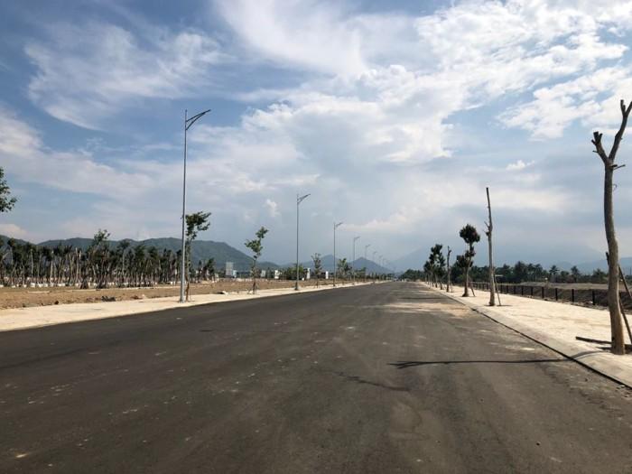 Đất nền giá rẻ 700 triệu/m2, đường Dũng Sỹ Điện Ngọc - Quãng Nam