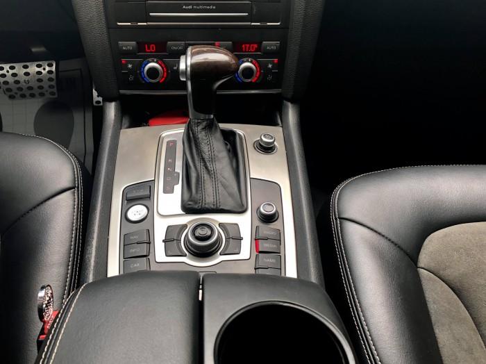Audi Q7 3.6L s-line 9