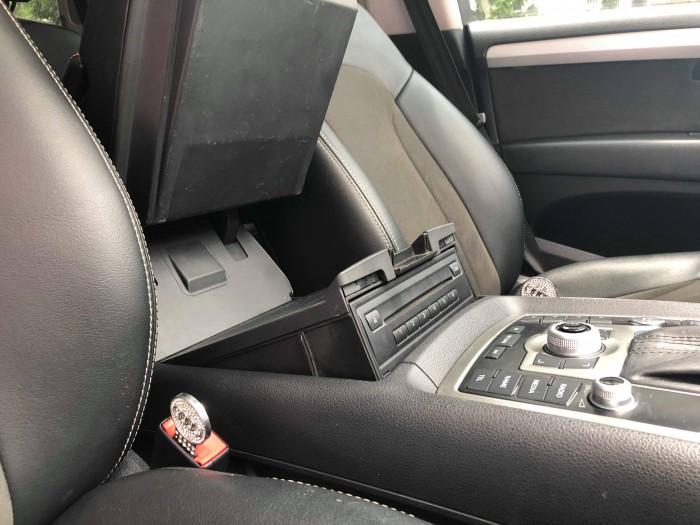 Audi Q7 3.6L s-line 2