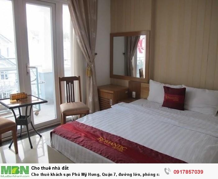 Cho thuê khách sạn Phú Mỹ Hưng, Quận 7, đường lớn, phòng rất đẹp chuẩn sao (30phong, 5 lầu)