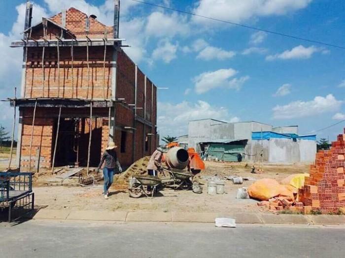 chính chủ bán 2 lô đất mt đường Lê Văn Việt quận 9 shr