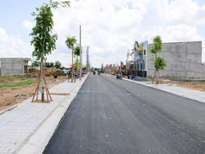 tôi muốn bán đất đường Nguyễn Duy Trinh quận 9 gần cầu xây dựng
