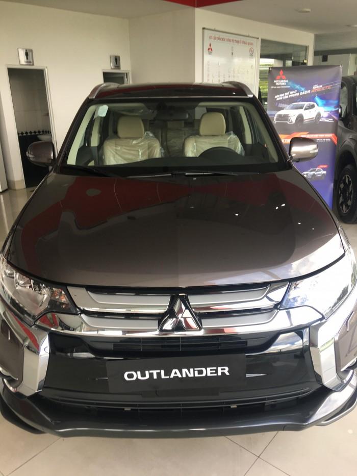 Outlander chiếc xe đang mua nhất - Liên hệ ngay