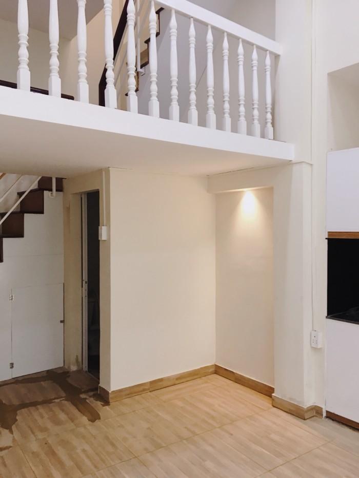 Nhà 3 tầng hẻm CMT8 Q3, DT 5x6m, Giá rẻ