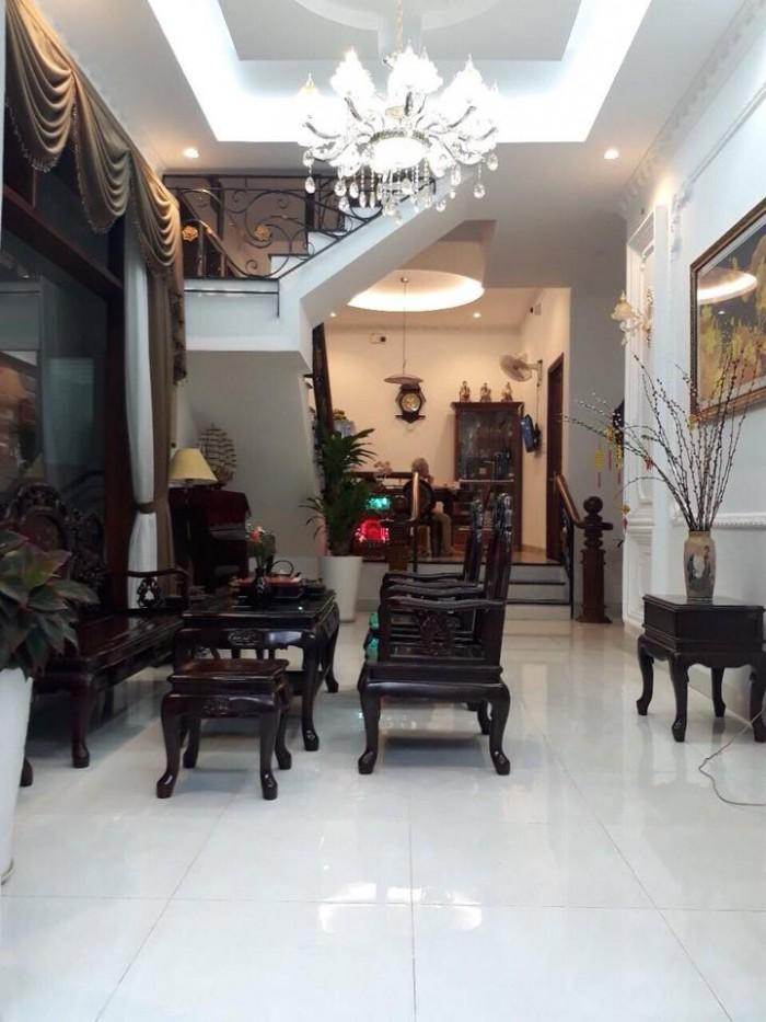 Hàng hiếm - giá rẻ - hẻm 10m kinh doanh, Nguyễn Xí, 5 Tầng mới