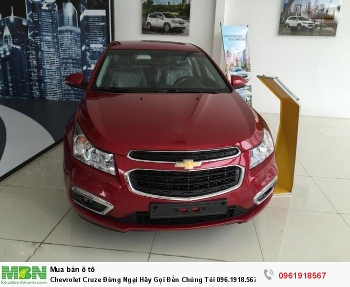Chevrolet Cruze  Để Nhận Xe, Giá Không Tưởng 2017