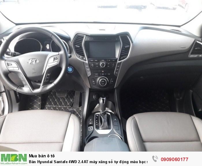 Bán Hyundai Santafe 4WD 2.4AT máy xăng số tự động màu bạc sản xuất 2017 bản full biển SG