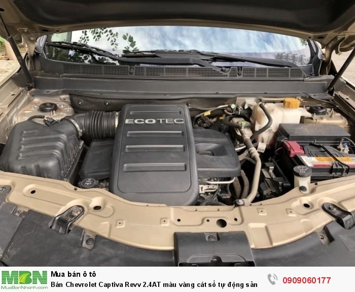 Bán Chevrolet Captiva Revv 2.4AT màu vàng cát số tự động sản xuất 2016 full options