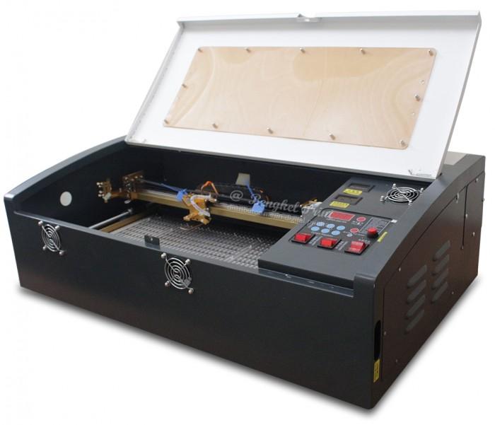 Máy laser 3020 khắc dấu cao su tại Cần Thơ