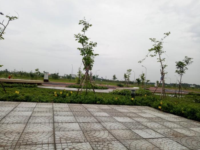 Lô đẹp F1.10, 11.3Tr/m2, đối diện công viên,T&T Long Hậu.
