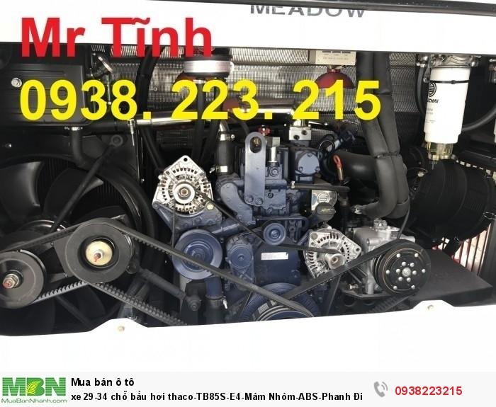 xe 29-34 chỗ bầu hơi thaco-TB85S-E4-Mâm Nhôm-ABS-Phanh Điện Từ-Đời Mới 2018-Giá Rẻ-Giao Nhanh